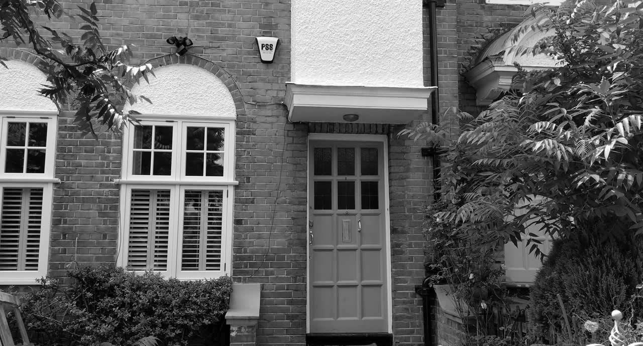 house-alarm-cctv-nhs-access-control-alarm-security-london-bw